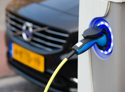 EV Roundup This Week: ISRO To Share Battery Tech With EV Players, Govt. To Assess Electric Bus Costs And More