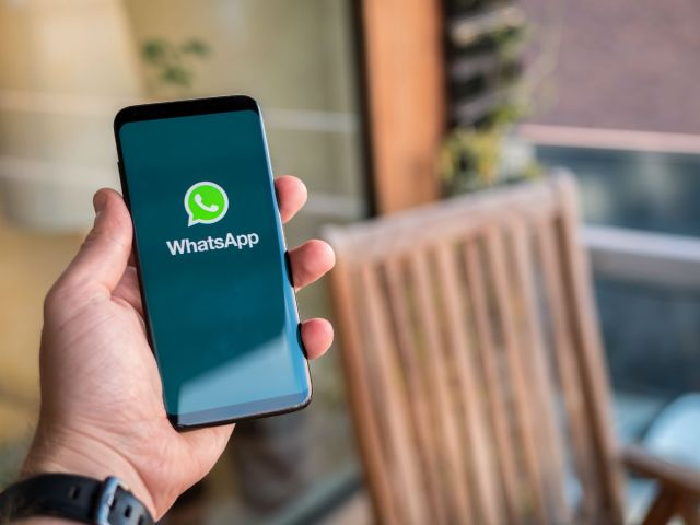 Whatsapp To Start Radio Campaigns To Create Awareness On Fake News