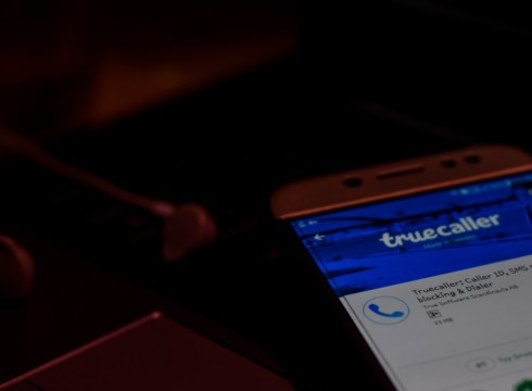 How Truecaller Goes Through Your SMSes To See If You Need A Loan