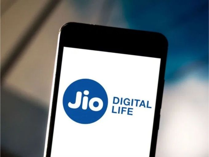Reliance Jio Users To Say Goodbye To Cheap Calls And Internet
