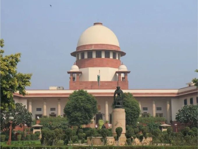 SC Refuses To Hear Petition Against WhatsApp Filed By RSS Ideologue