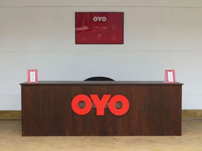 Oyo Lays Off 1200 Employees In India After Softbank's Pressure
