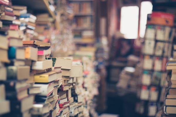 membaca banyak buku membebankan