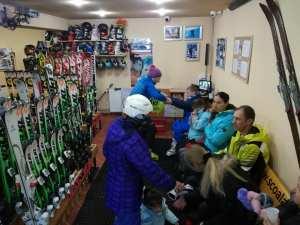 Ski lessons with R&J Ski school the best ski school in town | Scoala de ski si snowboard cu cea mai buna scoala de ski din Poiana Brasov