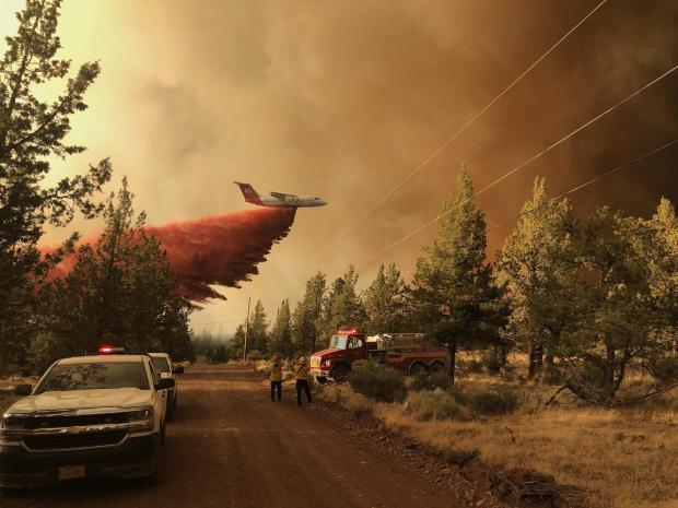 Tanker dropping retardant on the Grandview Fire_July 11