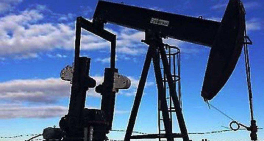 oil-equipment-alberta-universal-pumpjacks-1120x600