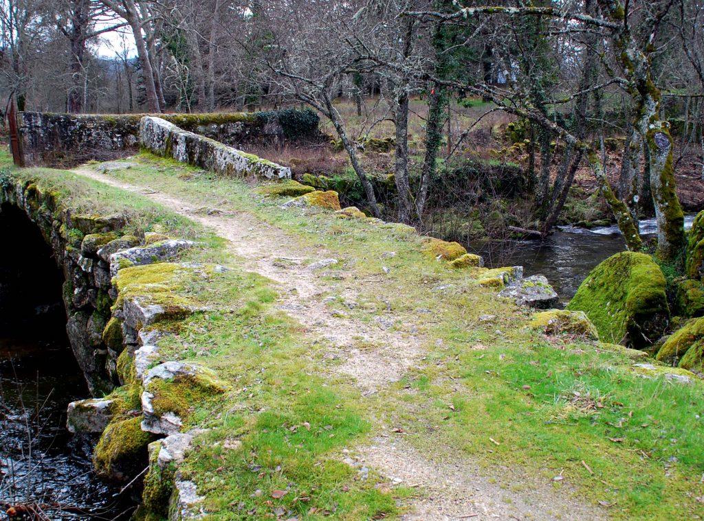 Pedras do Caminho Interior de Santiago de Compostela em Vila Pouca de Aguiar