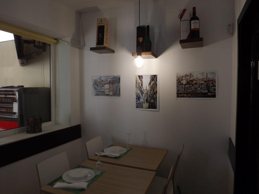 Sala do restaurante O Tosco em Braga