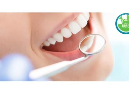 Sorriso, boca aberta, dentes. Clínica Médico-Dentária São Bráz, em Sever do Vouga