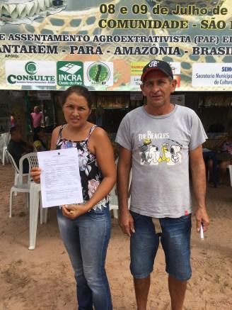 Ana Suely Santos, 47, e Cristóvão Sena, 53, recebem o CCU
