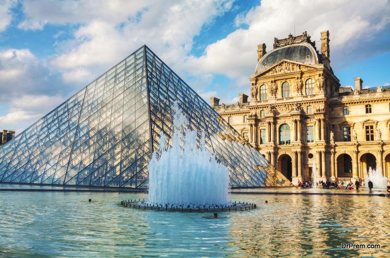 Louvre World's biggest museum