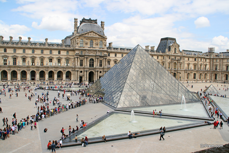 Louvre World's biggest museum