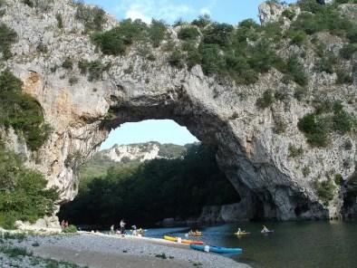 les Gorges de l'Ardèche en canoé