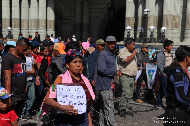 12-mujer-marcha