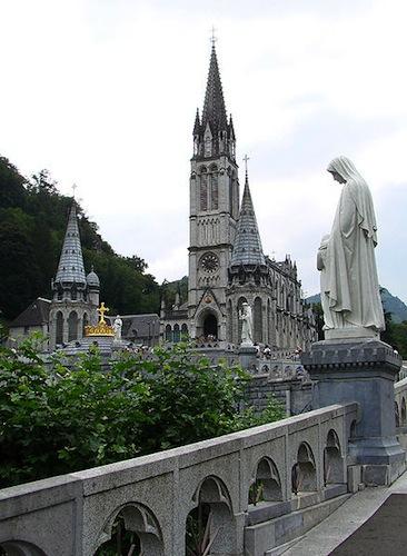 Lourdes_church