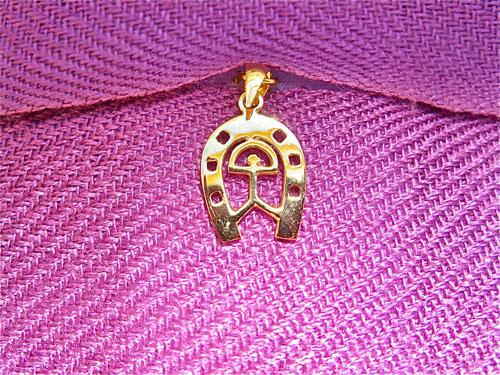 Gold horseshoe Indalo
