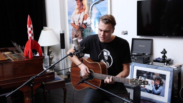 Hein Cooper in acoustic session at Studio Flagrant (Indeflagration) and live at Le Pop Up du Label in Paris on 20/09/2017