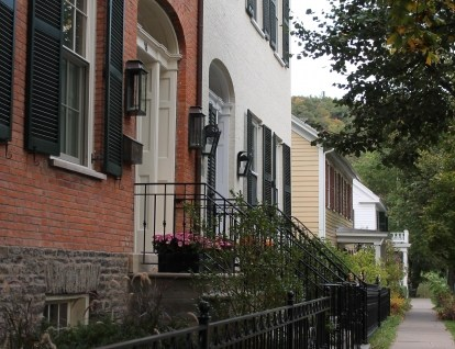 Townhouse row home brick