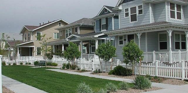 HOA homes sidewalk