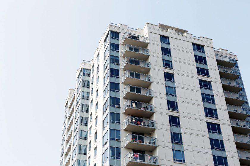 condo-community-tower-balcony