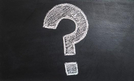 Confusion-question-mark-blackboard