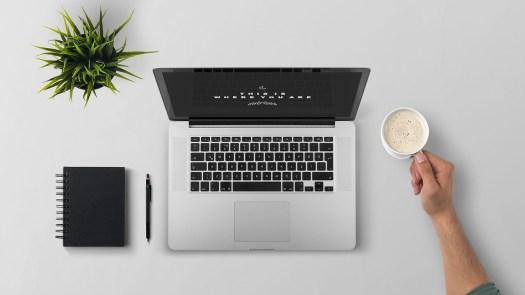 Laptop computer internet communications