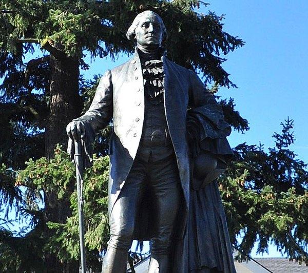 George Washington statue