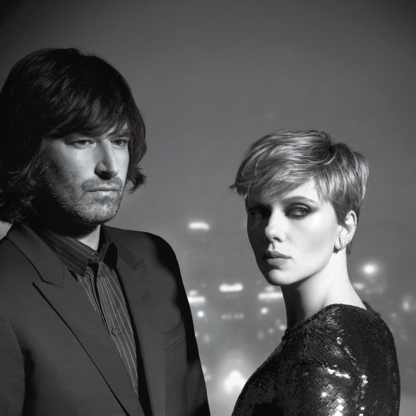 Pete Yorn and Scarlett Johansson