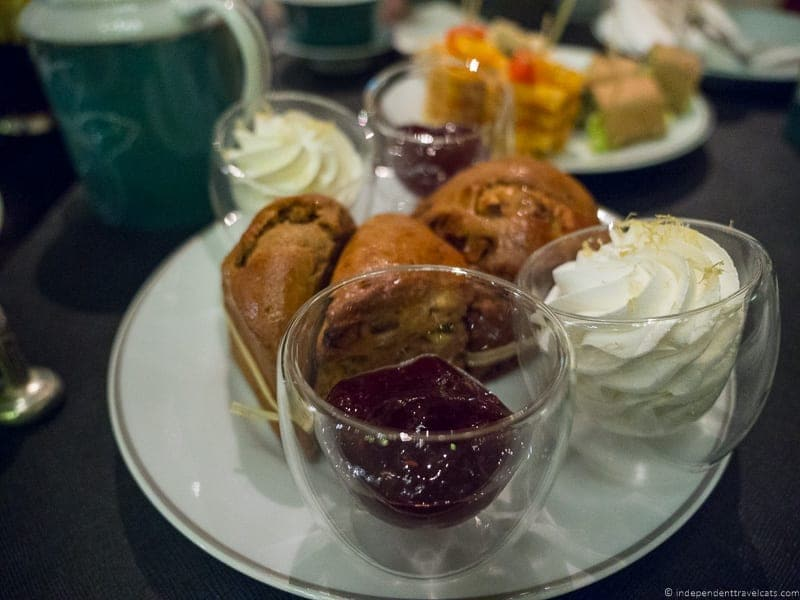 Shangri La luxury afternoon tea in Paris