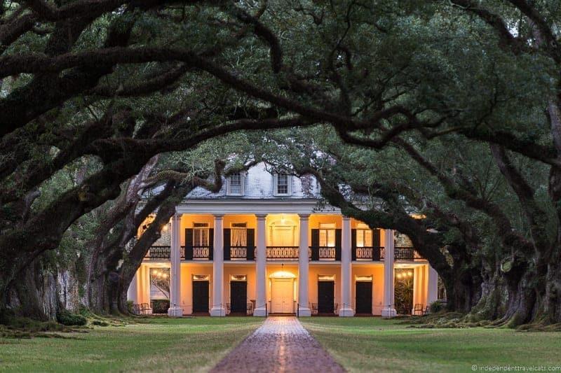 Oak Alley Plantation tour overnight New Orleans Louisiana