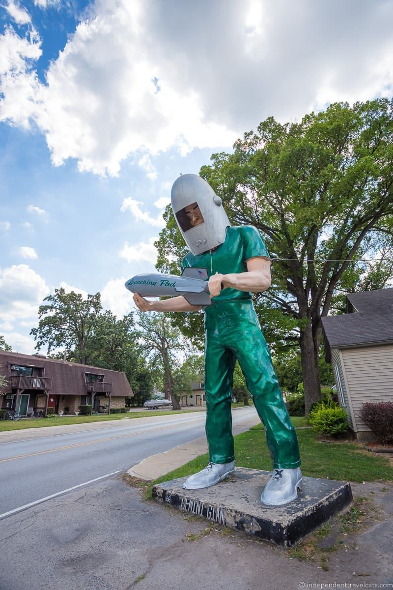 Gemini Giant Illinois 2 week Route 66 itinerary detailed guide
