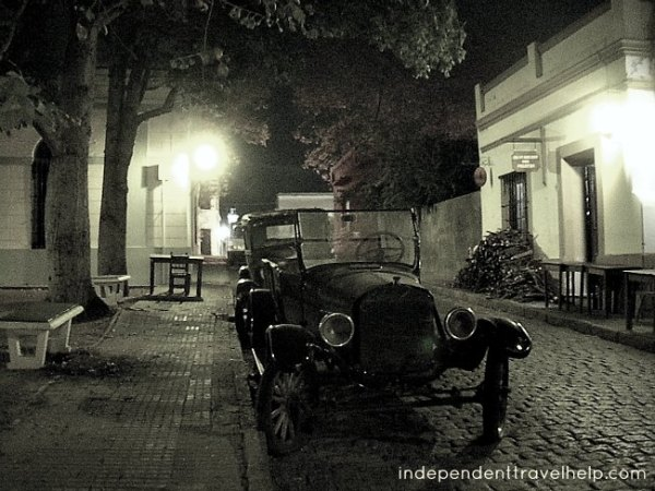 romantic destinations, romance, colonia del sacramento, latin america, south america, classic car, street