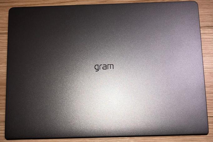 gram_天板
