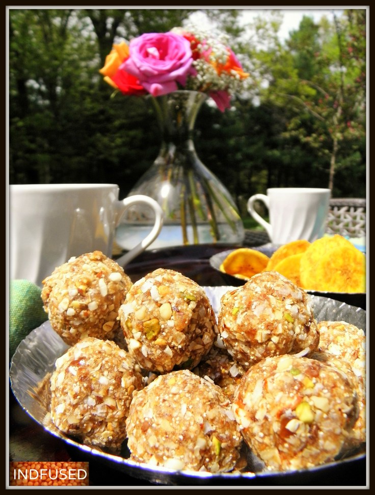 Oats, flax seeds and dry fruit laddoos/ energy balls - so healthy and so easy to make!