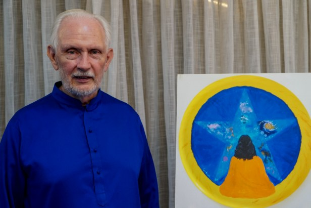Nayaswami Jyotish with his painting - King of the Infinite, at Ananda Sangha, Pune