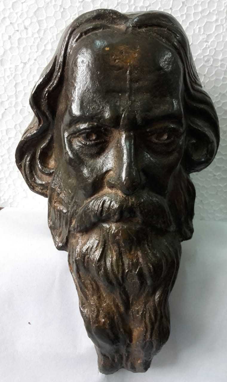 Rabindranath Tagore bronze sculpture by Tanmay Banerjee