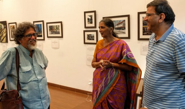 Artist Suhas Bahulkar with Smt. Alkatai Savarkar and colleague from Nana Palkar Smruti Samiti at Milind Sathe's photography exhibition at Nehru Centre Mumbai (2016)