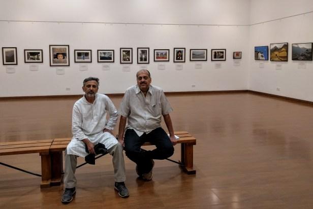 Saify Akolawala and Shriniwas Gadre at Milind Sathe's solo photography exhibition at Nehru Centre Mumbai (2016)