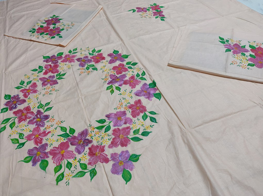 Bedsheet painting by Sucheta Tendulkar, acrylic on fabric - art & craft activities during lockdown - art ideas on day 21