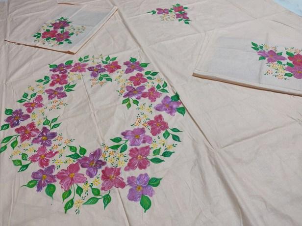 Bedsheet painting by Sucheta Tendulkar, acrylic on fabric - art & craft activities during lockdown - art ideas on day 21