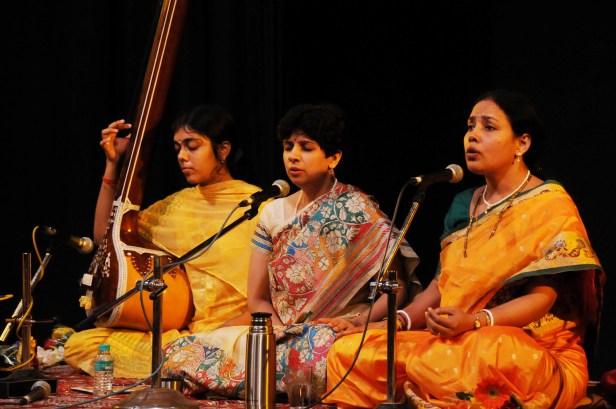 Janhavi Phansalkar in a Dhrupad music performance
