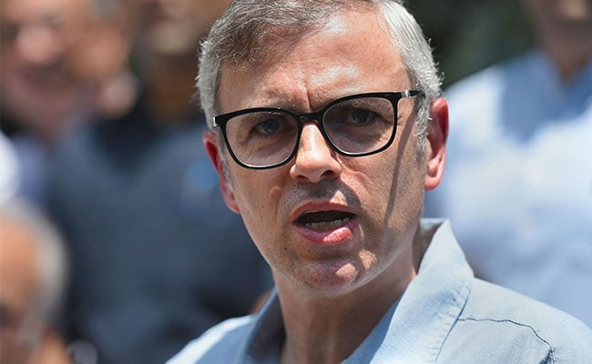 Omar Abdullah Takes To Twitter To Amplify Covid Patients' SOS Messages