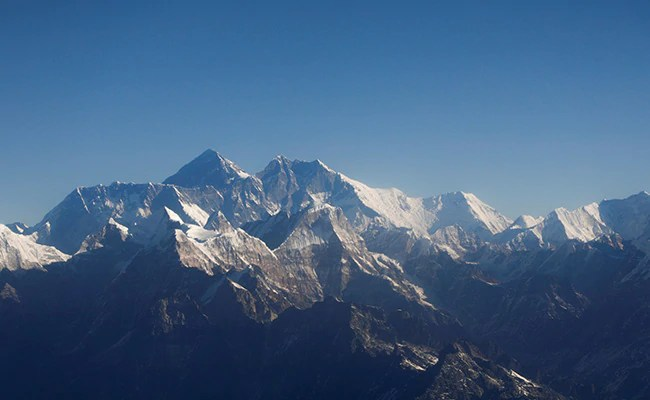 Bring Back Your Empty Oxygen Tanks, Mount Everest Climbers Are Urged