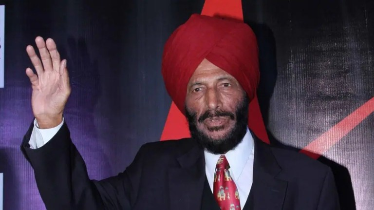Milkha Singh battles 'rough day', oxygen saturation level dips   Other Sports News