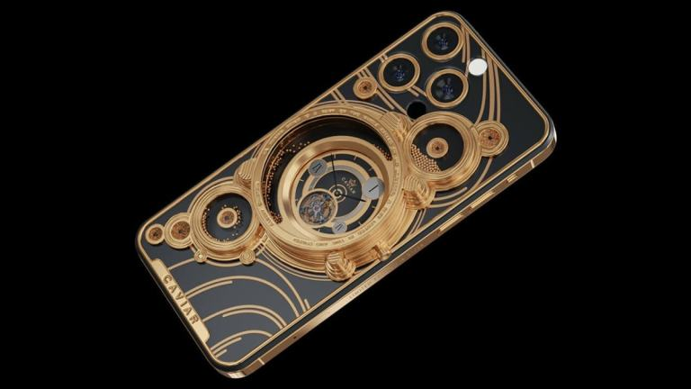 iPhone 13 Decked With Meteorite Fragments: Luxury Brand Caviar Unveils 'Parade of the Planets' Customisations