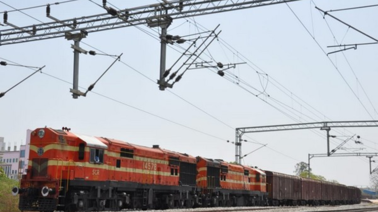 Fact Check: Has Railway Ministry cancelled all trains till March 31?
