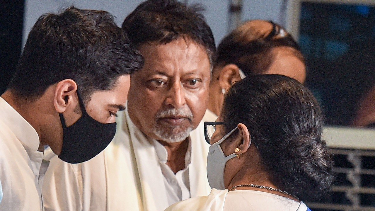 More People Will Come from BJP, Says Mamata Banerjee After Mukul Roy Rejoins TMC