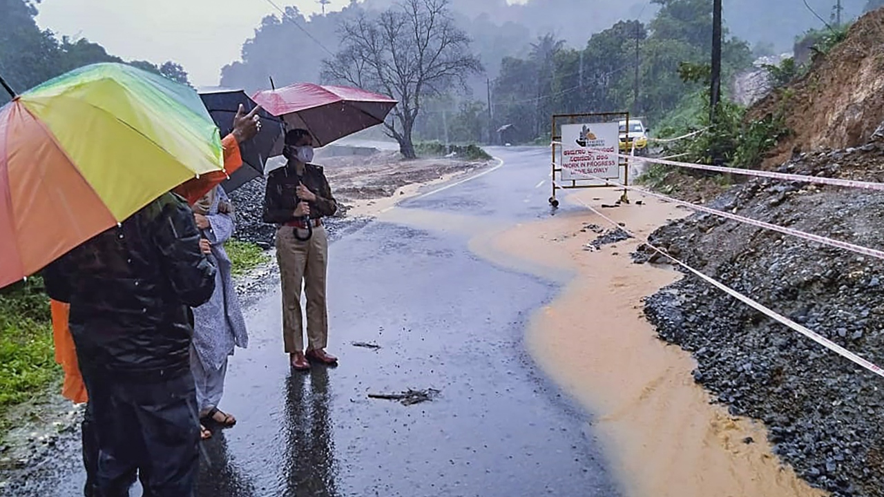 3 Dead in Heavy Rains in Karnataka, Thousands Evacuated From Affected Areas