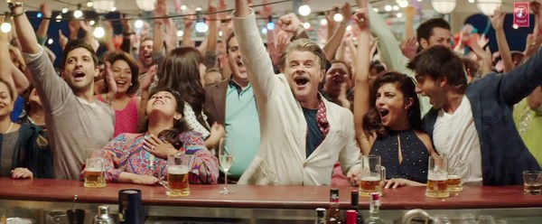 Old Punjabi Wedding Song Takes on New Avatar in Dil Dhadakne Do's Latest Party Number
