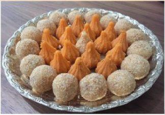 Plate of modaks